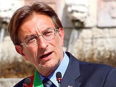 Massimo Cialente, sindaco de L'Aquila