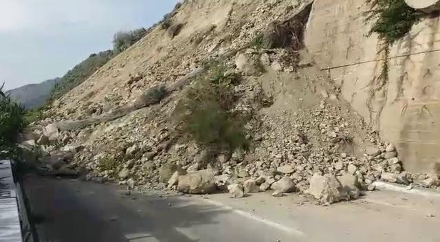 Letojanni, frana sulla Messina-Catania: 10 indagati per disastro ambientale