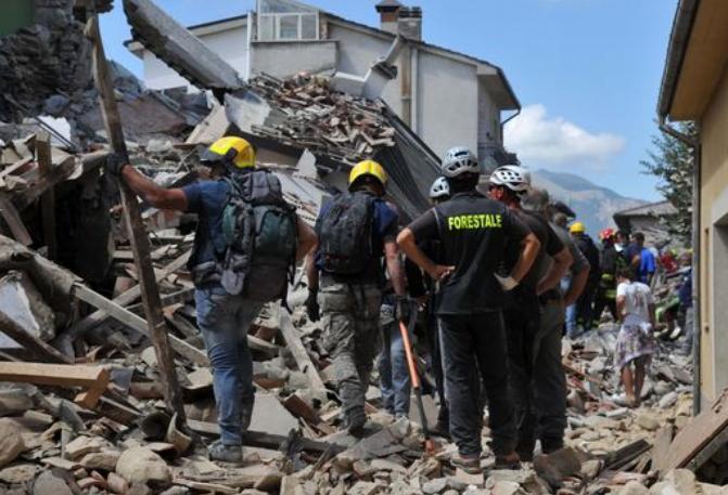 Terremoto, continua a salire il bilancio delle vittime