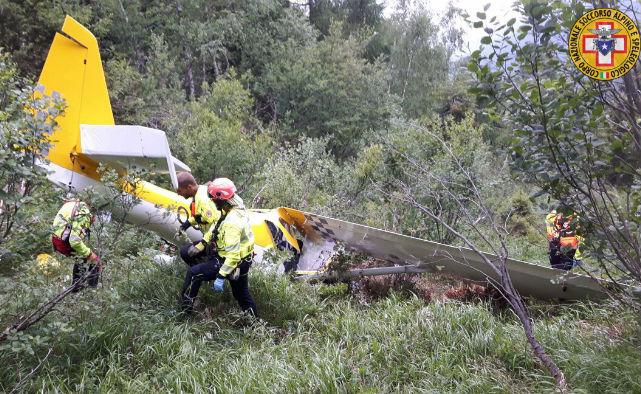 Ultraleggero precipitato a Sonico: morti il pilota e il passeggero