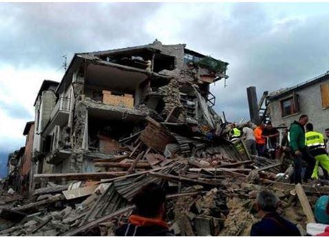 Terremoto nel centro Italia, la Cei stanzia 1 milione di euro dall'8X1000